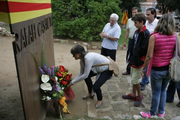 Ofrena floral al monument de Rafael Casanova, l'any 2013 II Artur Ribera