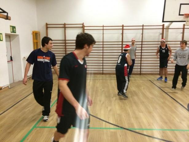 Sènior 2 entrenament UESC-ASDI 2014-2015 Nadal  11