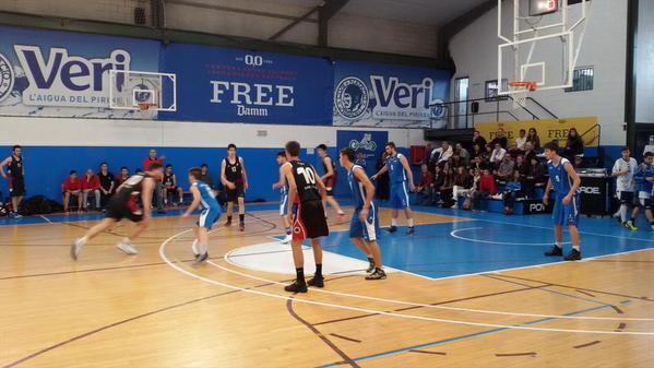 Semifinal entre el CB Cornellà i la UESC II Foto: SBC'15