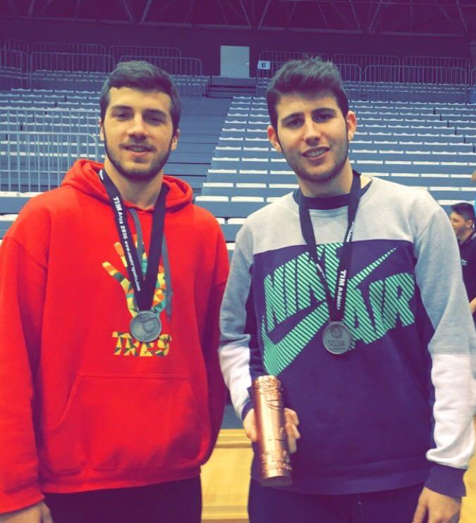 Alejandro Gomez i Albert Mir entrenadors Infantil Vermell Masculí 2015-2016 torneig TIM Andorra