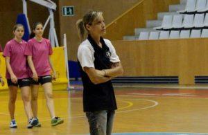 Marta Rosanas arriba a la banqueta de la UESC per canviar la dinàmica de l'equip